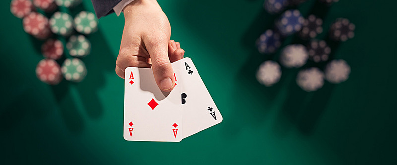 How the Online Poker Gambling System Works